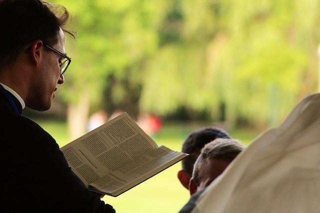 Como Fazer Um Esboço de Pregação