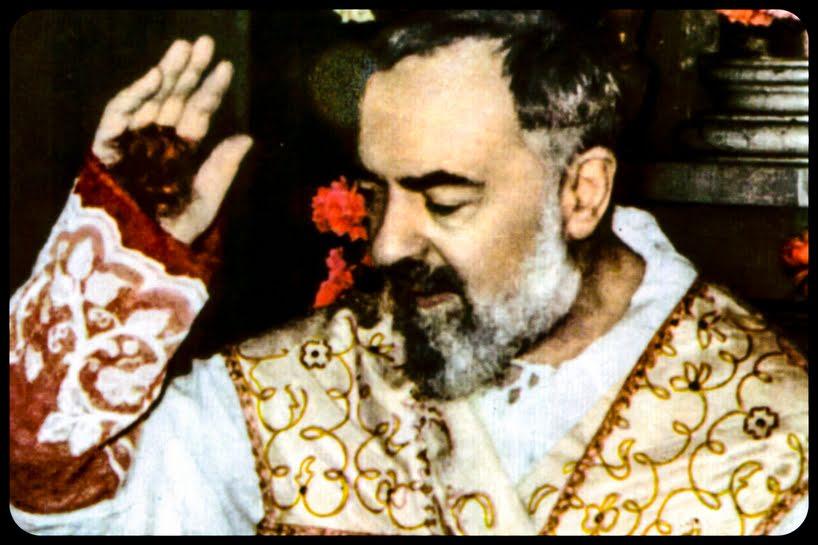 A História De Padre Pio e Seus Milagres