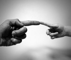 Presença De Deus: Entenda O Que É e Como Senti-la De Verdade